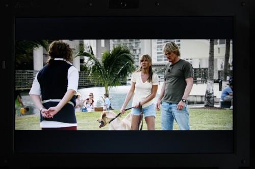 至於屏幕質素,UnwireLife 記者採用 1,080p 格式的《Marley & Me》高清電影預告片,並將屏幕調校至最光作測試。結果發現質素不俗,男女主角頭上髮絲清晰可見,膚色亦十分自然。光度亦足夠,加上採用磨砂屏幕,就算在室外使用亦不用擔心反光,長時間使用雙眼亦不會感到疲勞,表現令人滿意。