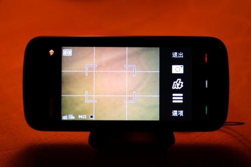 用家可開啟格線,方便拍攝時進行構圖。