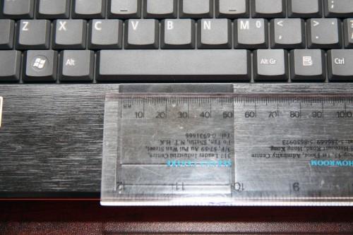 TouchPad 橫向長度:49mm