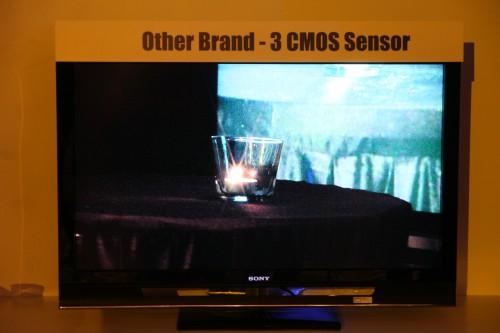 一般採用 3CMOS 感測器的其他品牌攝錄機攝錄效果