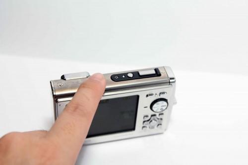 新機加入輕拍拍攝模式功能,令拍攝操控更為簡單。