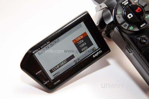 ......還是色差線,也可以 1,080p 格式「原汁原味」輸出至外置顯示器,例如:LCD TV。