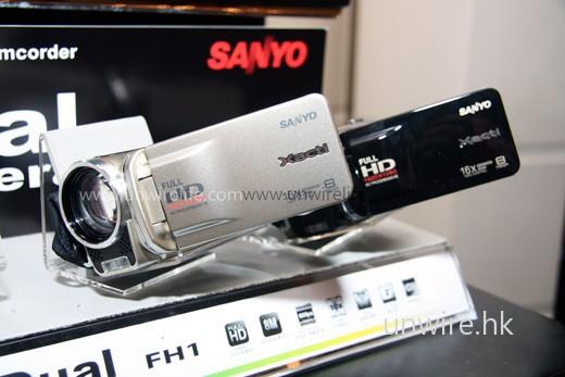 Sanyo VPC-FH1(左)及 Sanyo VPC-TH1(右)