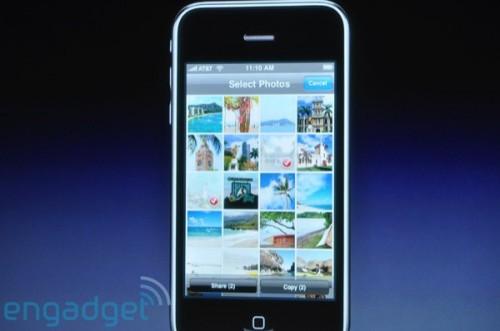 就算是相片瀏覽介面,亦可同時選擇多張相片,然後進行 Cut、Copy 或 Paste 動作。