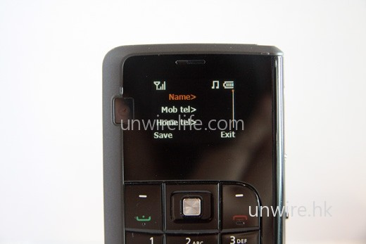 選擇「New」便可加入新聯絡人,項目與一般在 Windows Mobile 介面內輸入的相同。