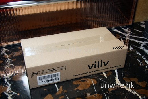 送來時,還有一層紙皮箱哦!看來保護得非常好。