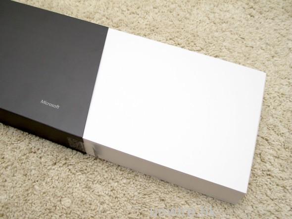 。。。再拉出白色盒子,就可以看到內部包裝盒。