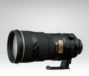 Nikon_AF_300mm_f2.8_IF-ED_Camera_Lens