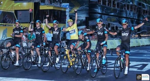 今年的 Sky Procycling 表現繼續強勁,成為主將的 Chris Froome 將自己的能力發揮至頂峰。