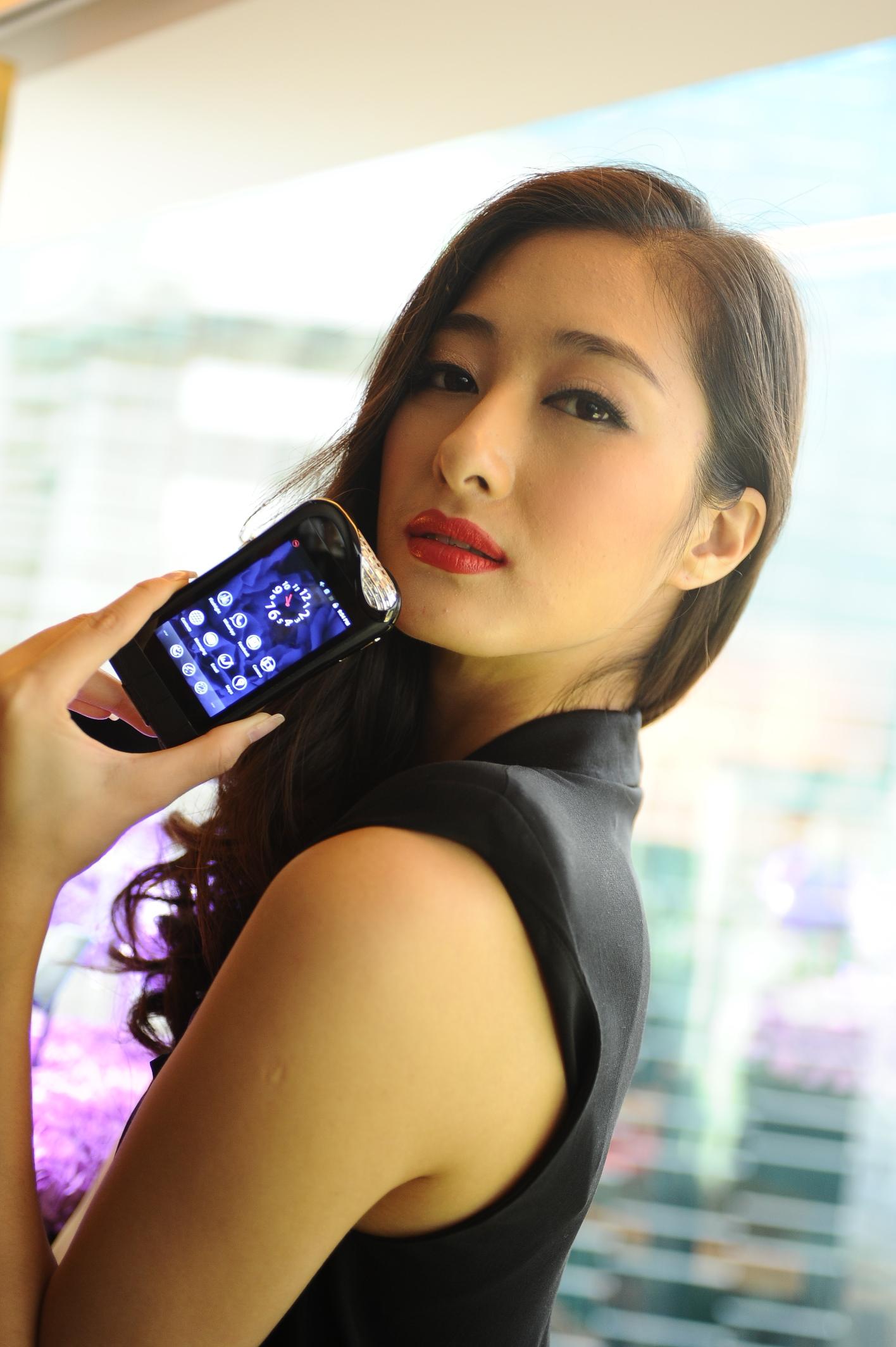 HK$100 萬 Android 手機 「SAVELLI」在港登場!