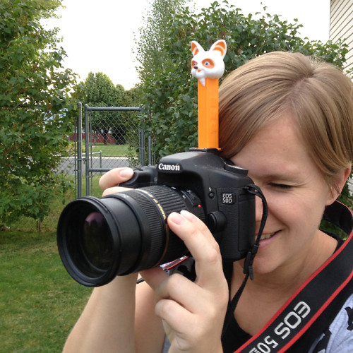 pez-camera-get-kids-to-look-at-camera