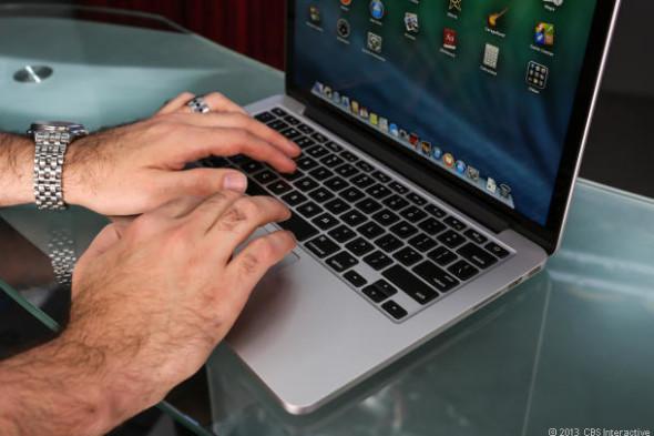 Apple_Macbook_Pro_13