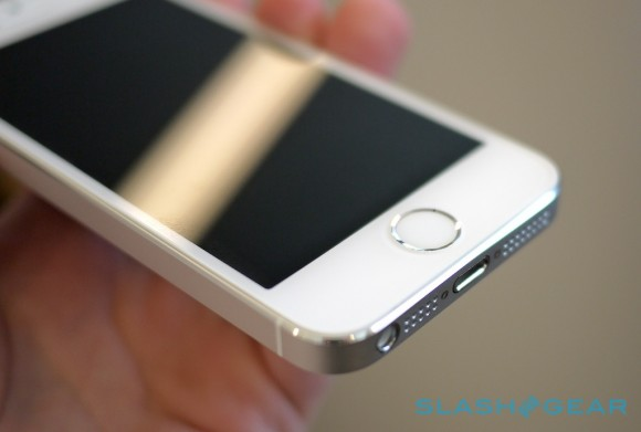 iphone_5s_hands-on_sg_4-580x3911
