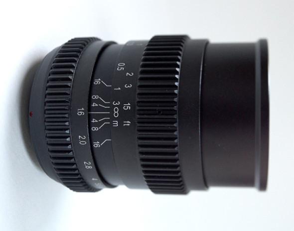 17mmT1.6-680x535