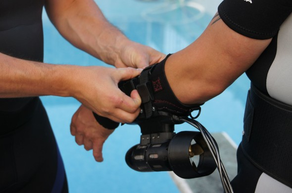 Fitting-x2-Underwater-Jet-Pack-System-1