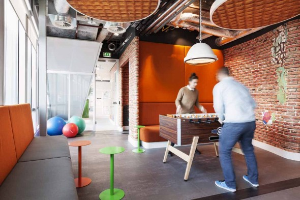 and-in-typical-google-fashion-the-office-offers-many-opportunities-for-blowing-off-some-steam-theres-also-an-in-office-gym-and-meditation-room