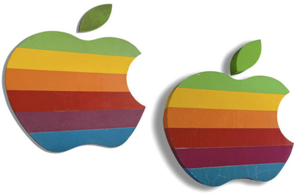 apple-logos-auction.0_standard_800.0