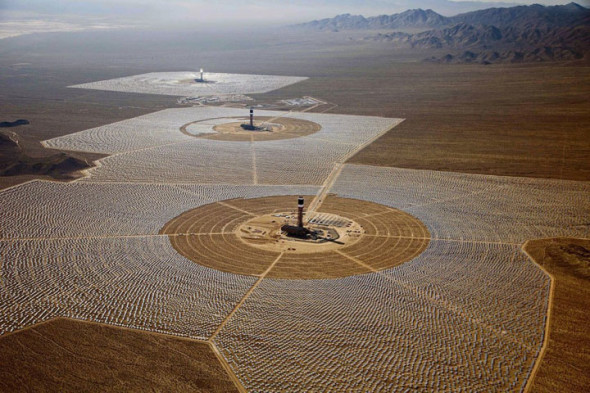Ivanpah-Solar-Electric-Generating-System-world-largest-power-plant-17