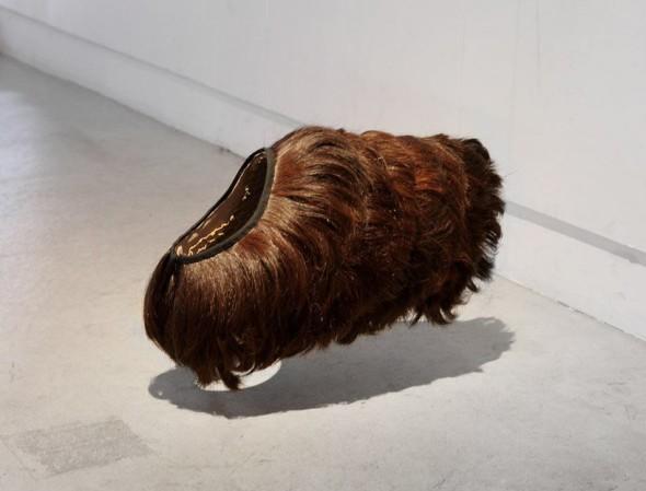 adaymag-aki-inomata-swaps-hair-dog-sweaters-designboom-01-01