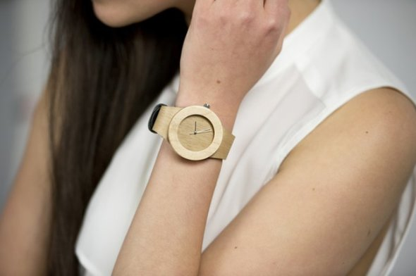 analog-watch-co-recycled-wooden-watches-1.jpg.650x0_q85_crop-smart