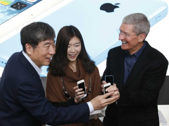 apple-china-mobile-launch-could-spark-a-costly-subsidy-war-624x467