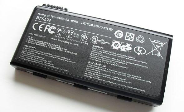 800px-Li_ion_laptop_battery