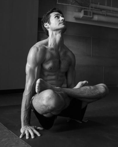 AGoalen_Yoga_PetaPixel-3