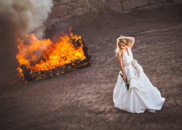 kenny-coverstone-fstoppers-burning-couch-divorce-2