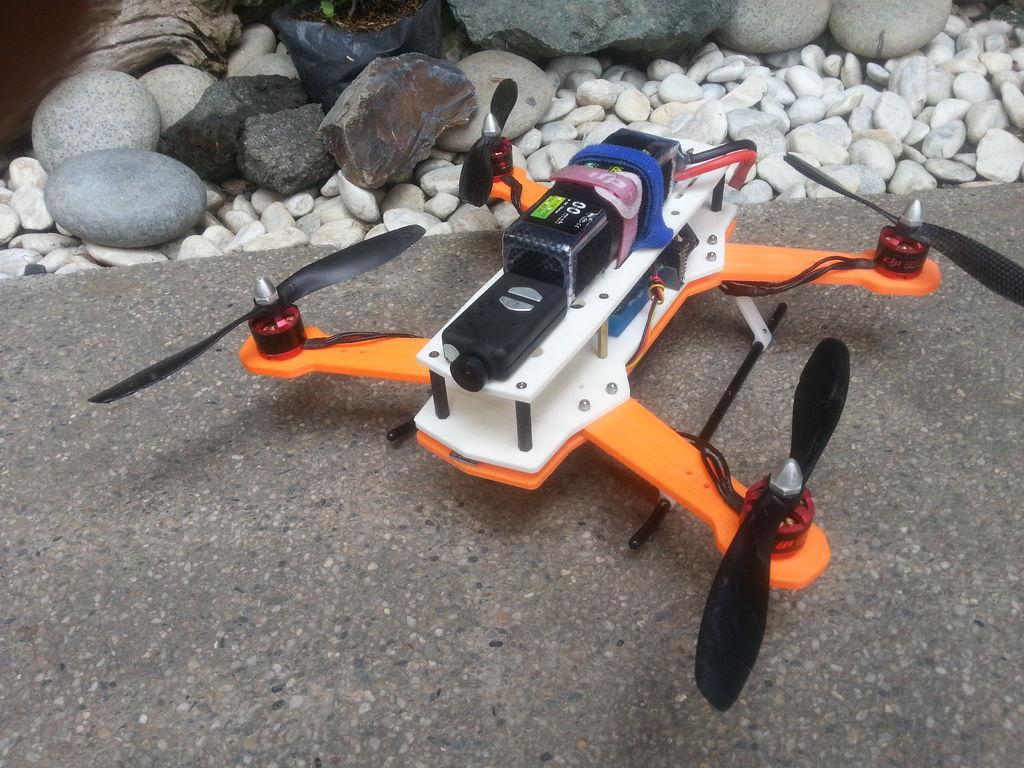 用 3D 打印全球獨有的 DIY 航拍機