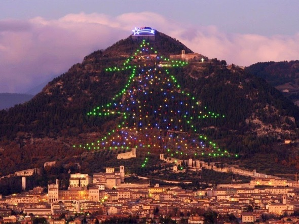 gubbio-christmas-tree-3[2]