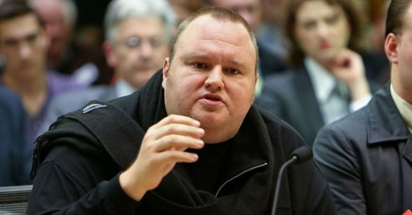 kim-dotcom-suss-new-zealand