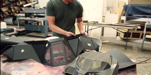 2015-01-20 15_02_25-Prepare To Be Insanely Jealous Of This Toddler's Batmobile Stroller