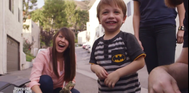 2015-01-20 15_05_38-Prepare To Be Insanely Jealous Of This Toddler's Batmobile Stroller