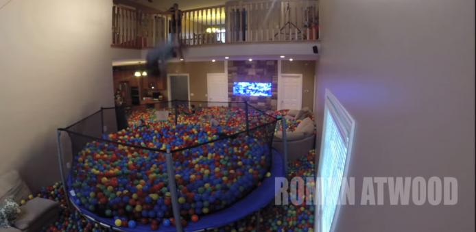 2015-01-22 17_42_30-Crazy Plastic Ball PRANK!! - YouTube