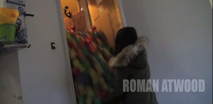 2015-01-22 17_44_28-Crazy Plastic Ball PRANK!! - YouTube