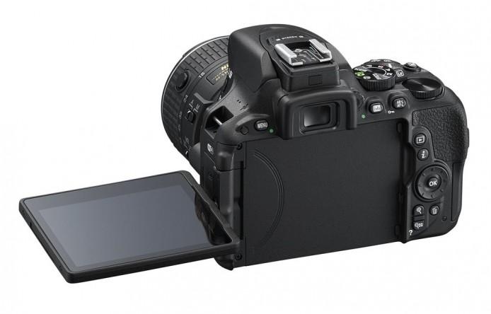 D5500_BK_18_55_LCD_3.0