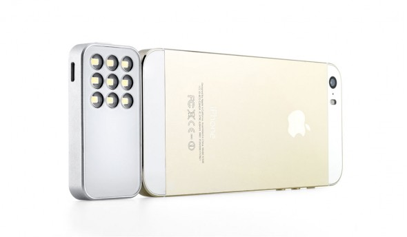 knog-expose-white-with-iphone-rear