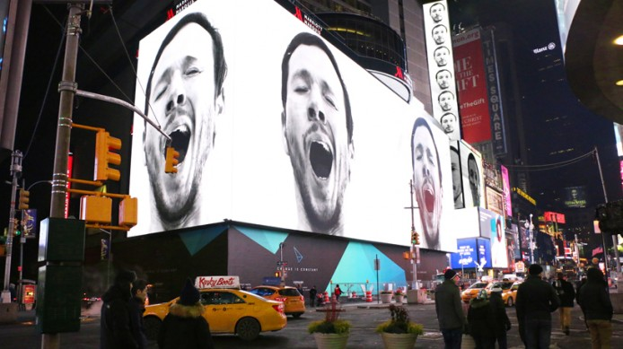 sebastian-errazuriz-yawning-new-york-times-square-designboom-06