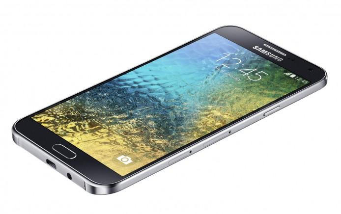 Samsung-Galaxy-E7-2b