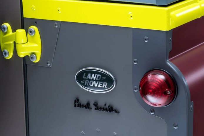 paul-smith-land-rover-defender-02