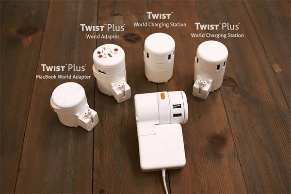 the_twist_plus_universal_travel_adapter_works_with_your_macbook_3