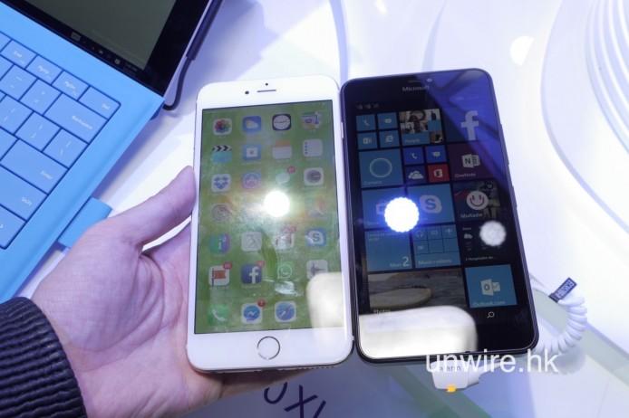 但 Lumia 640 XL 都做得幾細部,同擁有 5.5 吋熒幕的 iPhone 6 Plus 比較,擁有 5.7 吋熒幕的 640 XL 竟然仲細一截。