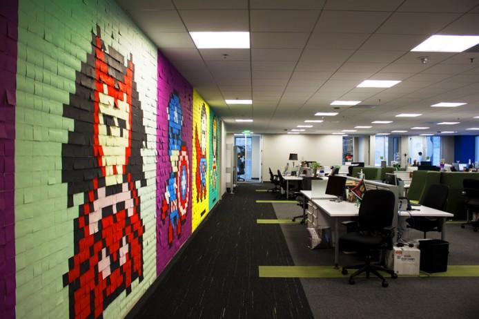 8024-post-its-office-8-bit-superhero-art-designboom-07
