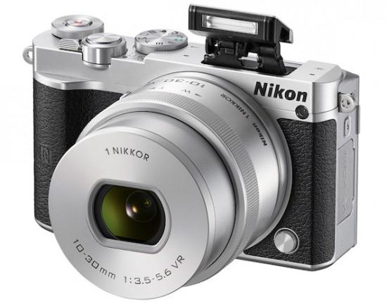 Nikon-1-J5-camera-flash-550x429