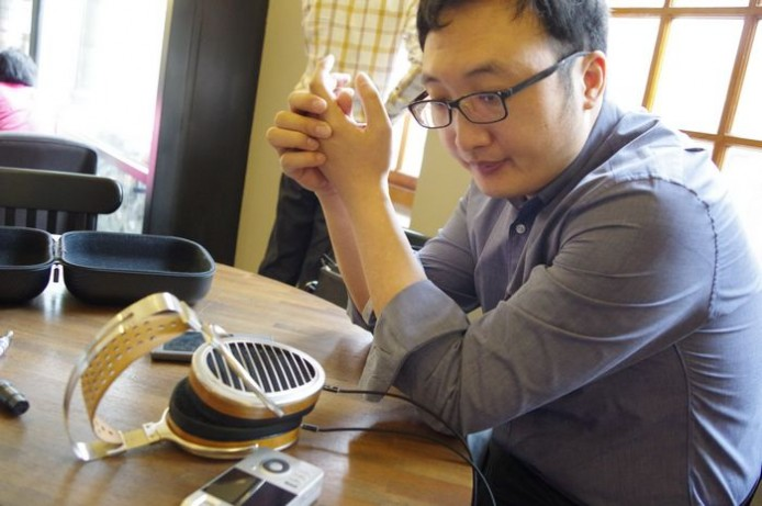 hifiman's CEO Dr Fang Bian with new products-12