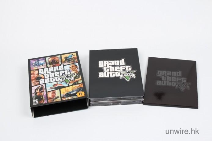 主要有兩部份,一個遊戲手冊+遊戲光碟盒
