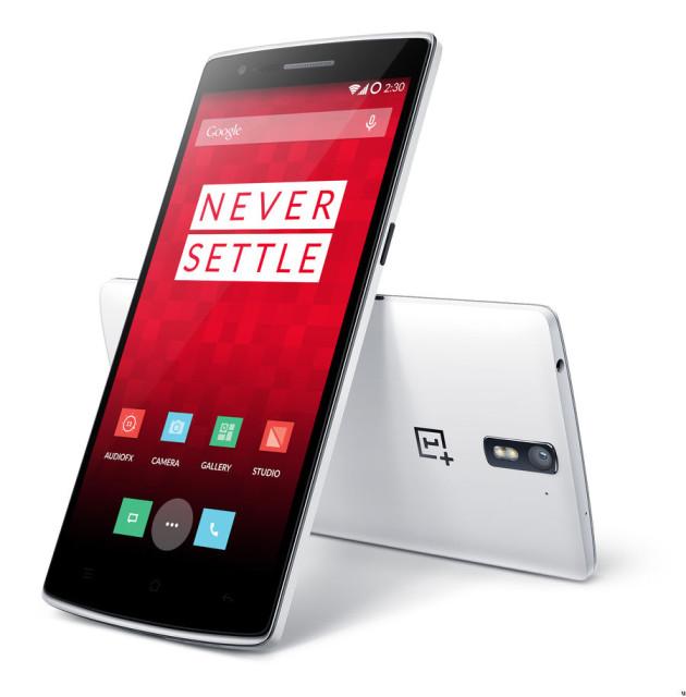修正觸控螢幕問題 OnePlus One 電力倒水