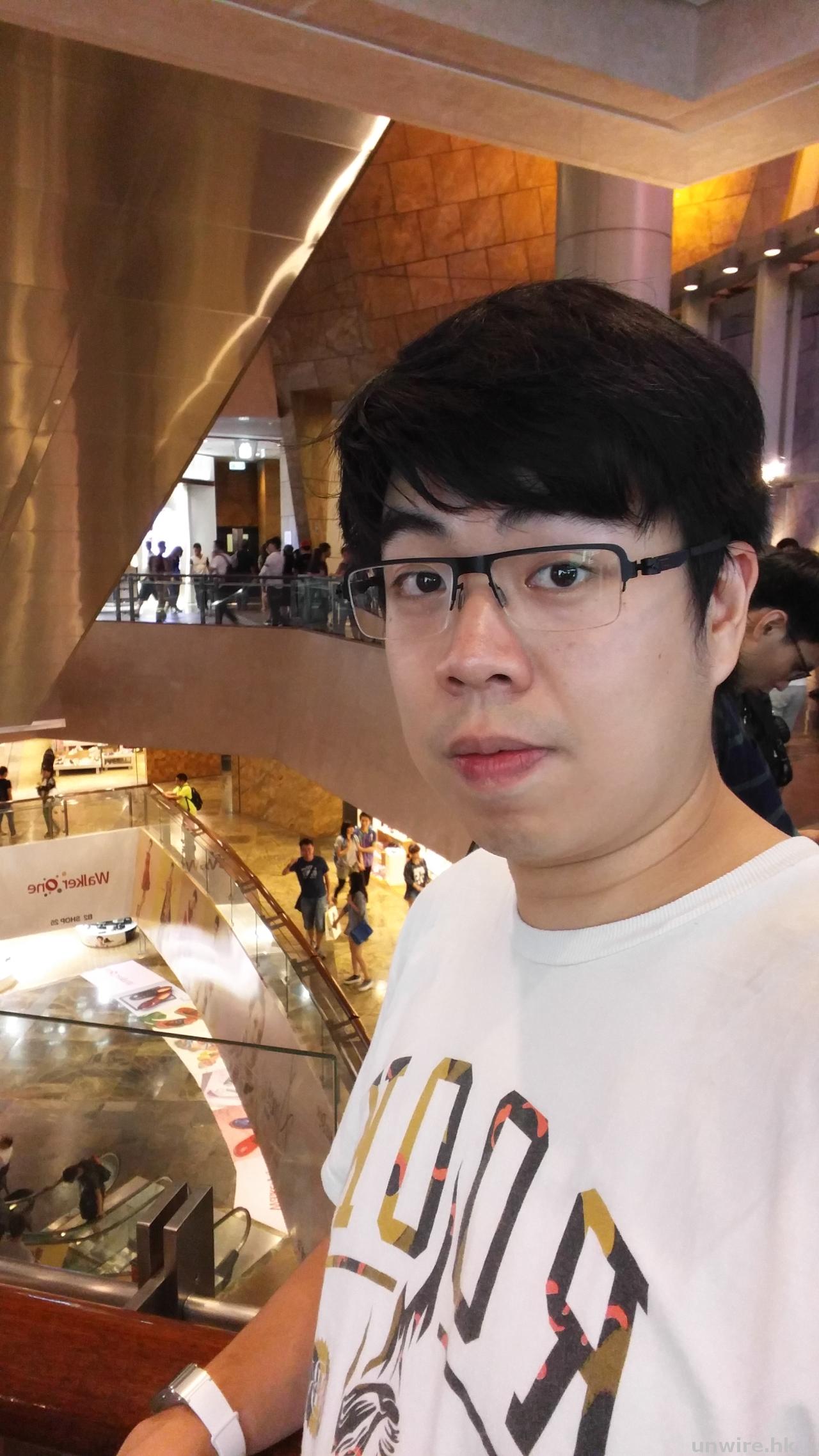 小編 :「睇樣似冇升級 用落見真章」- LG G4 手機評測