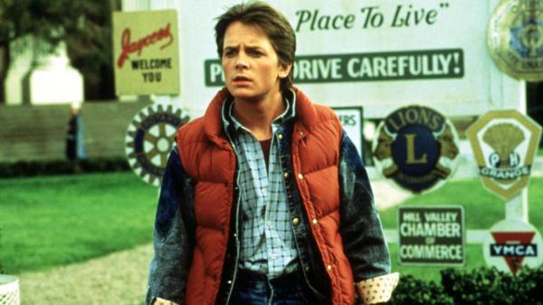由 Michael J Fox 飾演的 Marty McFly