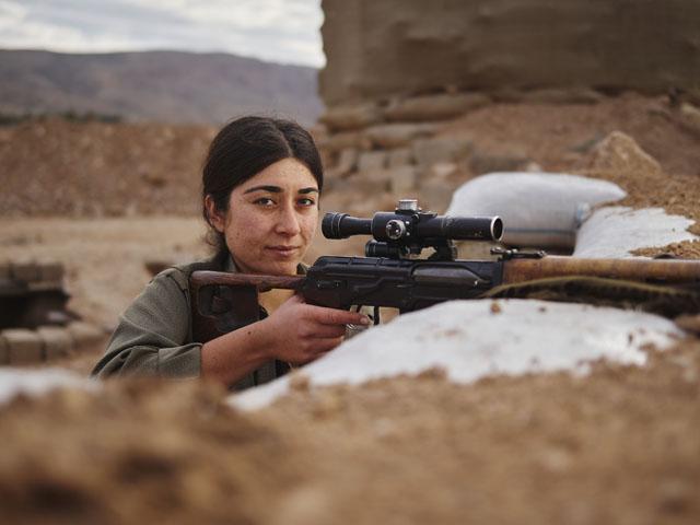 Tekoshin-PKK-Kurdistan-Workers-Party-Makhmour-Iraq-Guerrilla_Fighters_of_Kurdistan_Joey_L_Photographer_010